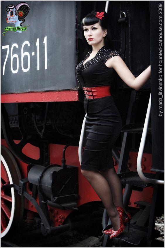 rockabilly-pin-up-girls-220