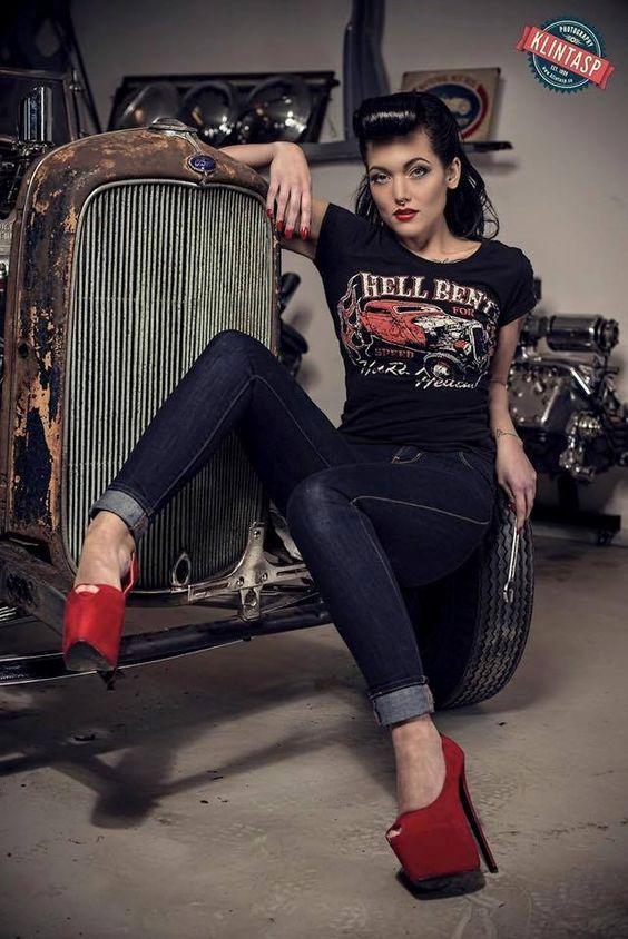 rockabilly-pin-up-girls-82