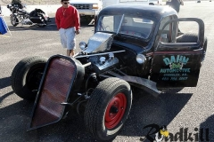 1st-Annual-5-and-Diner-Rockabilly-Bash-Car-and-Bike-Show-02